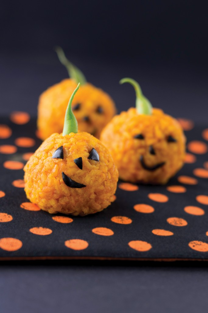 rice-ball-jack-o-lanterns1-683x1024