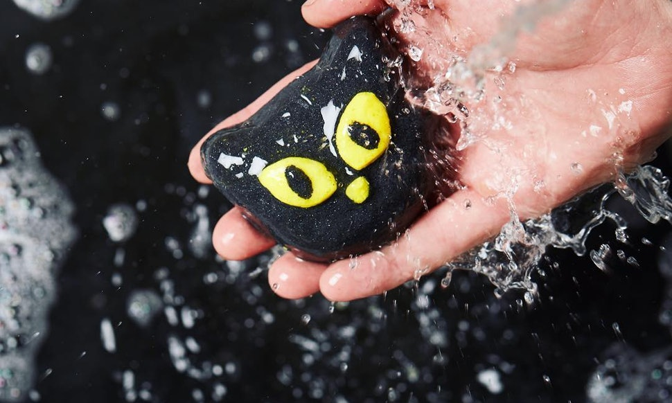 Lush Cosmetics has launched its all-vegan Halloween line in stores, and we're all about the glow-in-the-dark soap and eyeball bath bombs!