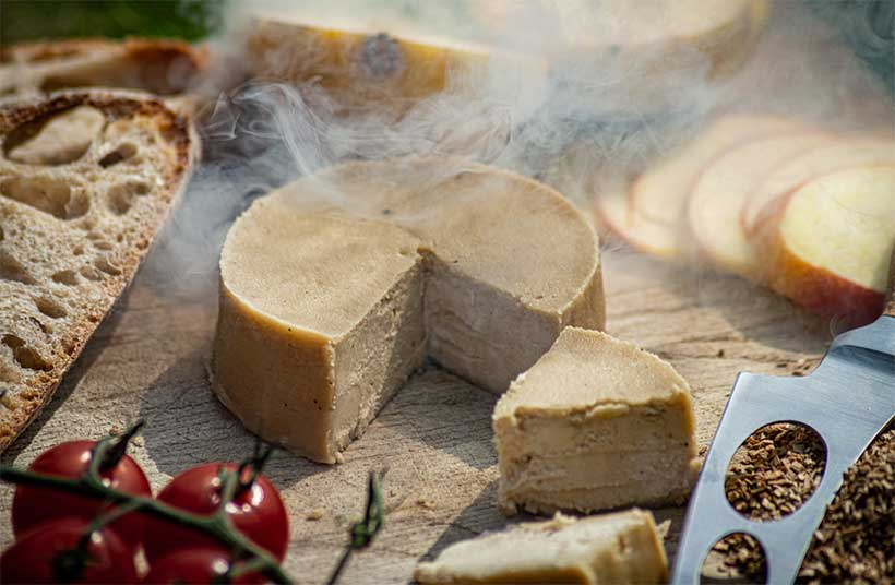 Discover the best vegan cheeses for your vegan cheeseboard