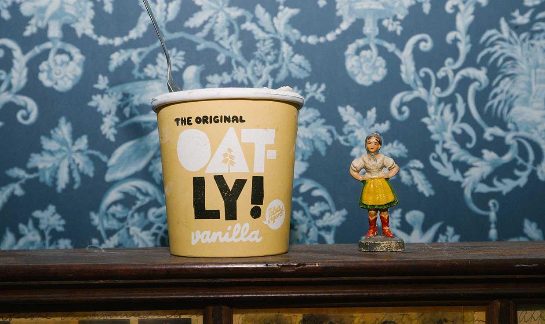 Oatly vanilla ice cream Ocado