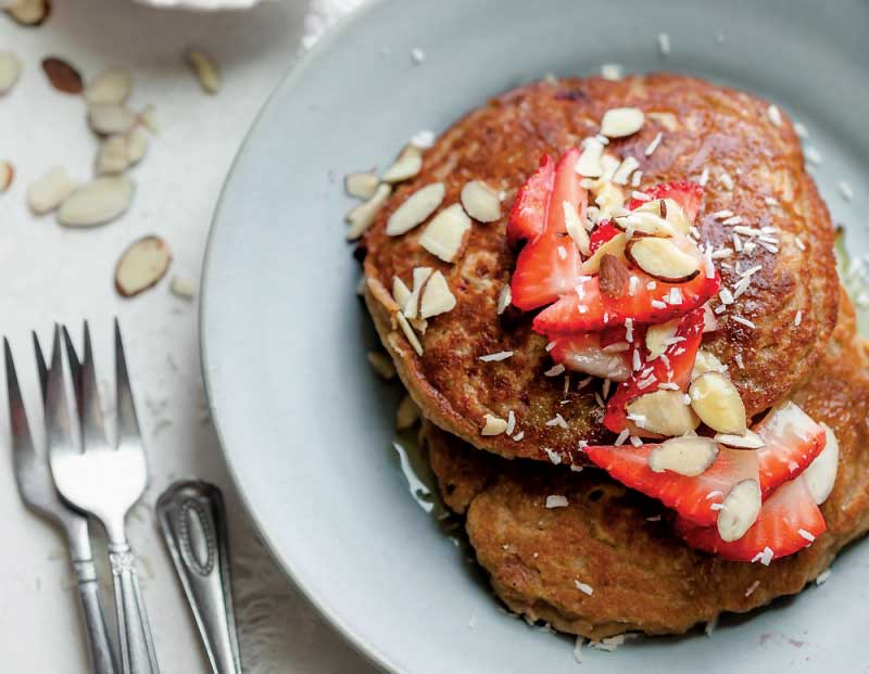 Gluten-Free Banana & Strawberry Pancakes
